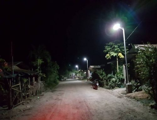 15W Integrated Solar Street Light Installation